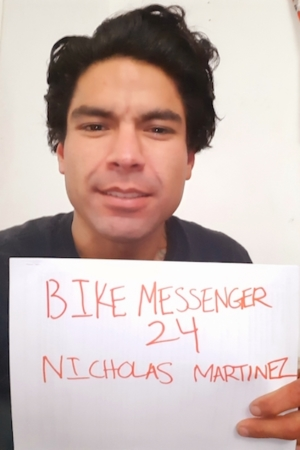 BikeMessenger-Nicholas-Carscon